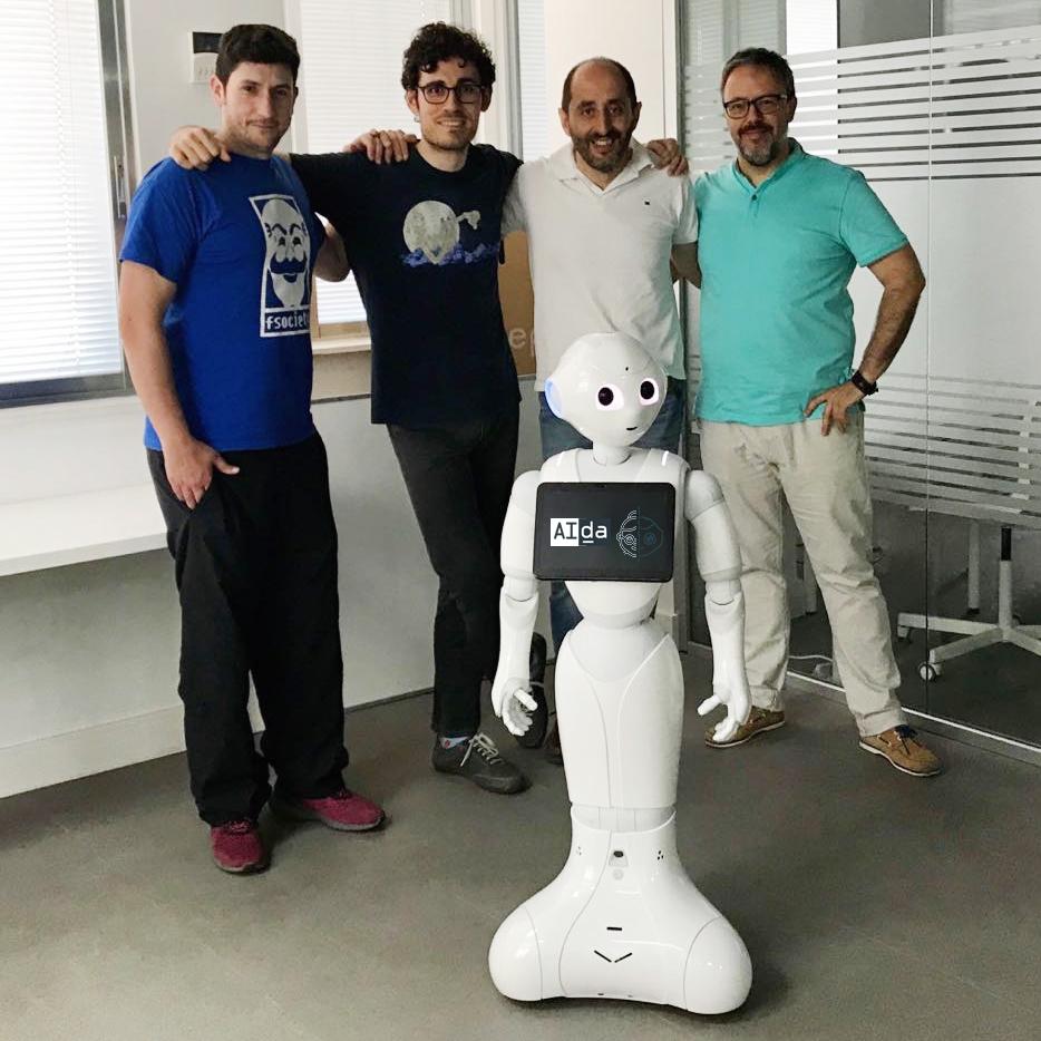 llegada de aida robot